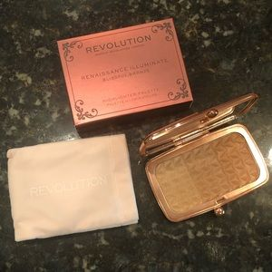 NEW Makeup Revolution Highlighter Palette Bronze